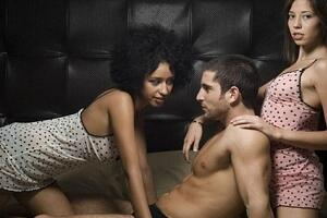 Find Threesome Dating