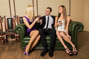 meet women for threesome