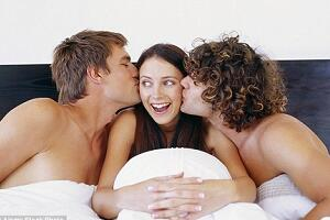 Threesome Dating Is Full of Fantasy and Fun